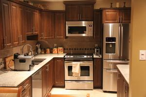 R novation de cuisine salle de bain west island rajan designs inc - Modifier armoire melamine ...